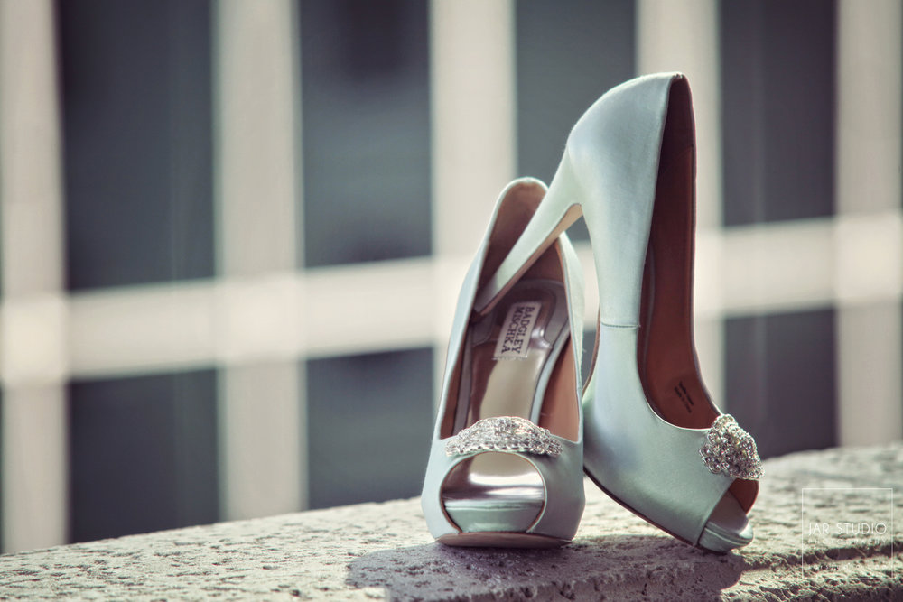 01-aqua-wedding-shoes-jarstudio-photography-orlando.jpg