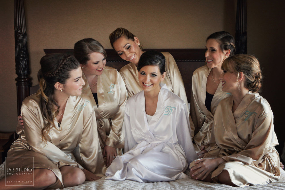 04-bride-bridesmaids-beautiful-robes-gold-jarstudio-photography-orlando.jpg