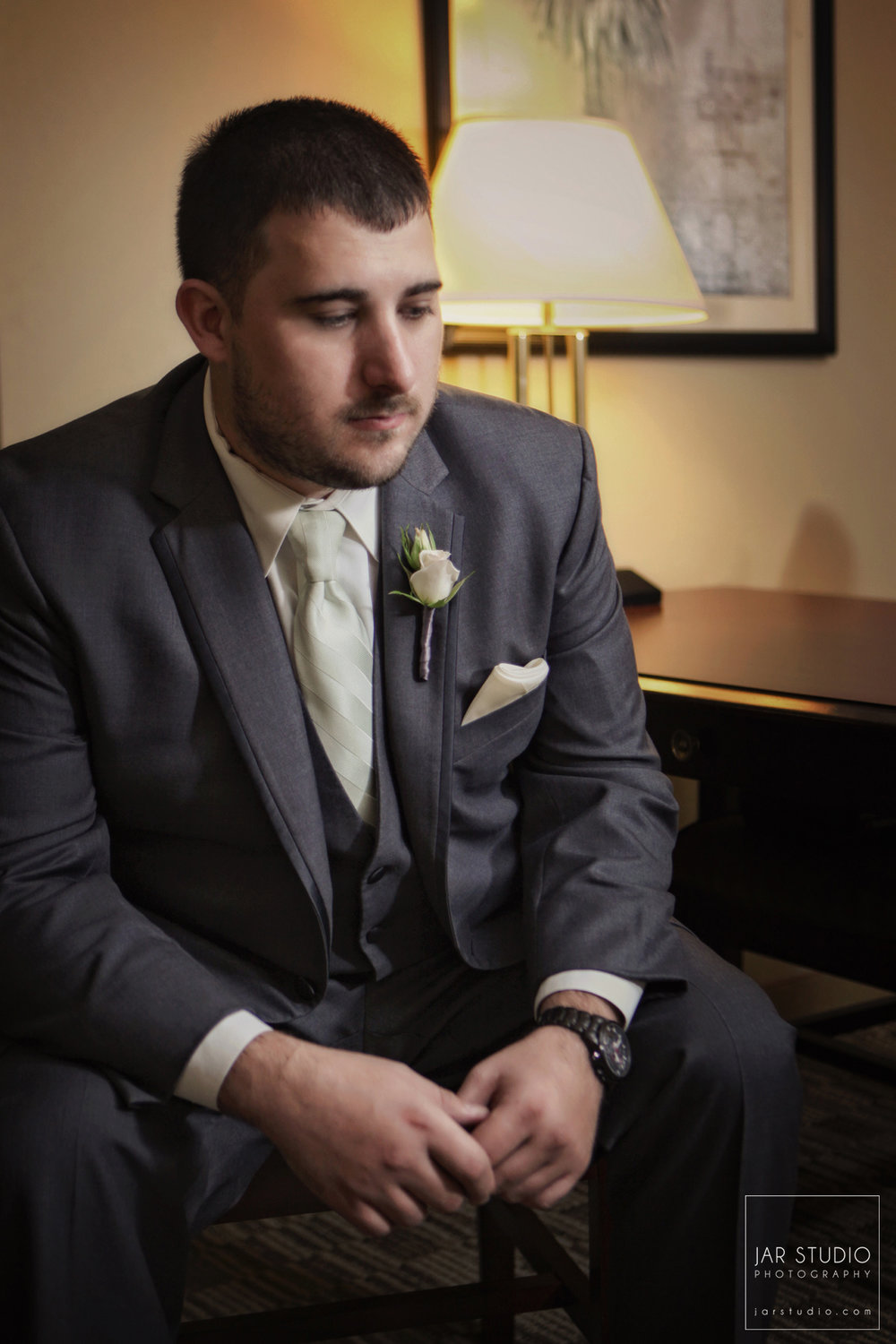 07-groom-jarstudio-portrait-photography-orlando.jpg