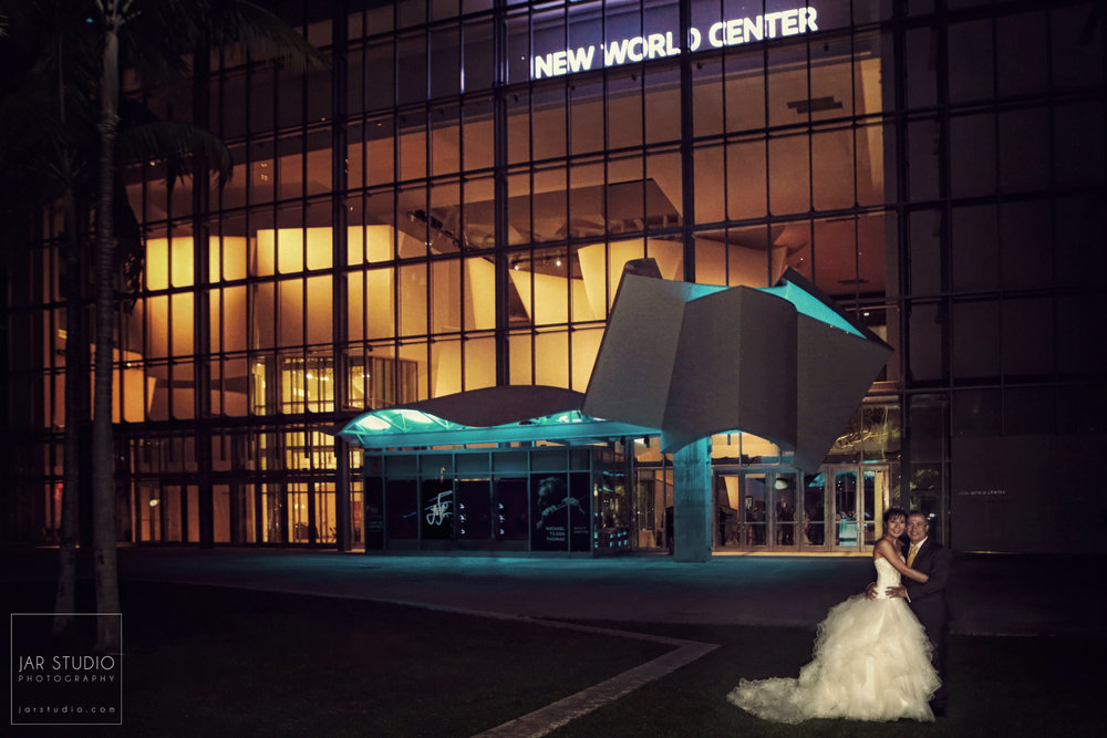 36-new-world-center-miami-weddings-photographer-jarstudio.JPG