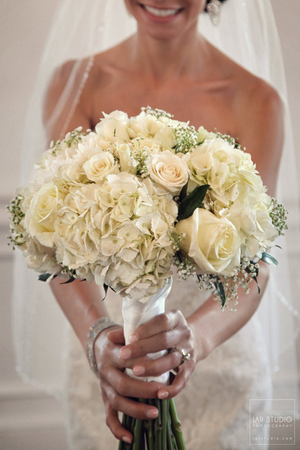 06-stylish-bridal-bouquet-jarstudio-photography.JPG