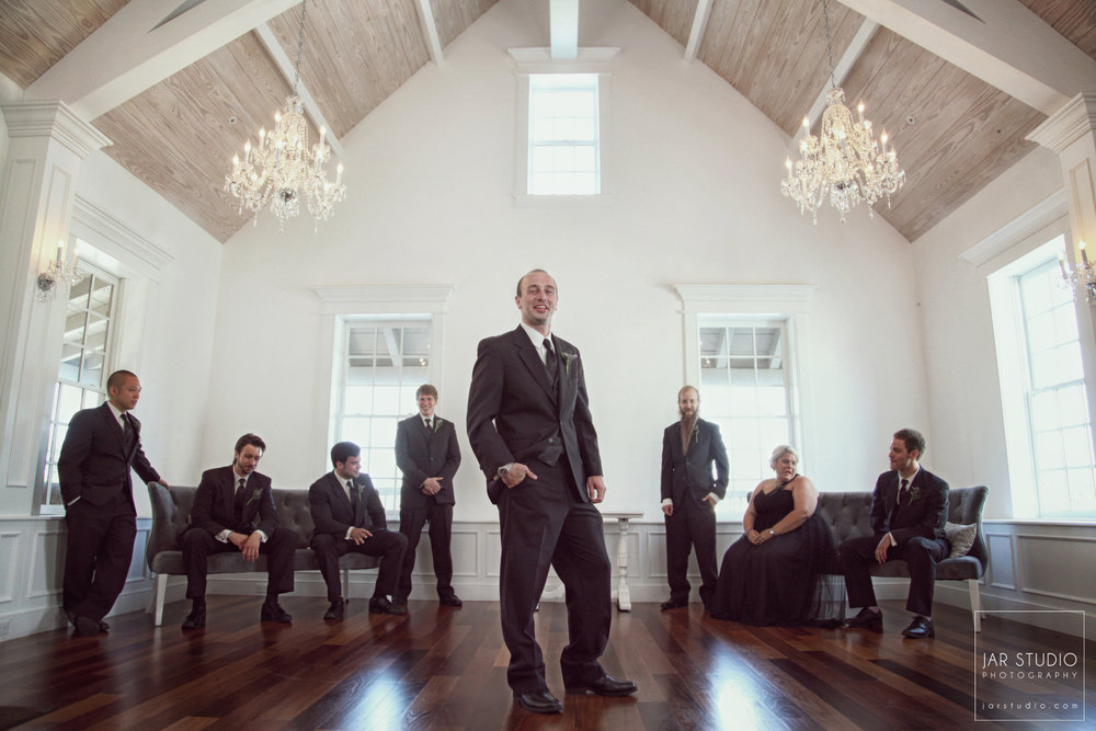09-groomsmen-jarstudio-photography-villa-blanca-the-white-room.JPG