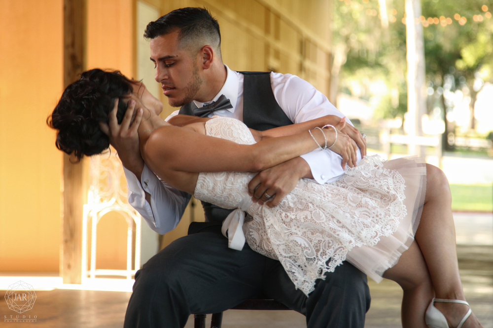 32-romantic-first-dance-photography-jarstudio-orlando.JPG