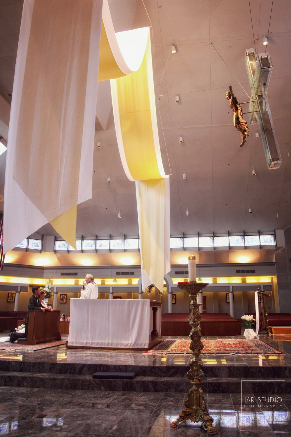12-beautiful-catholic-church-orlando-weddings-jarstudio-photography.JPG