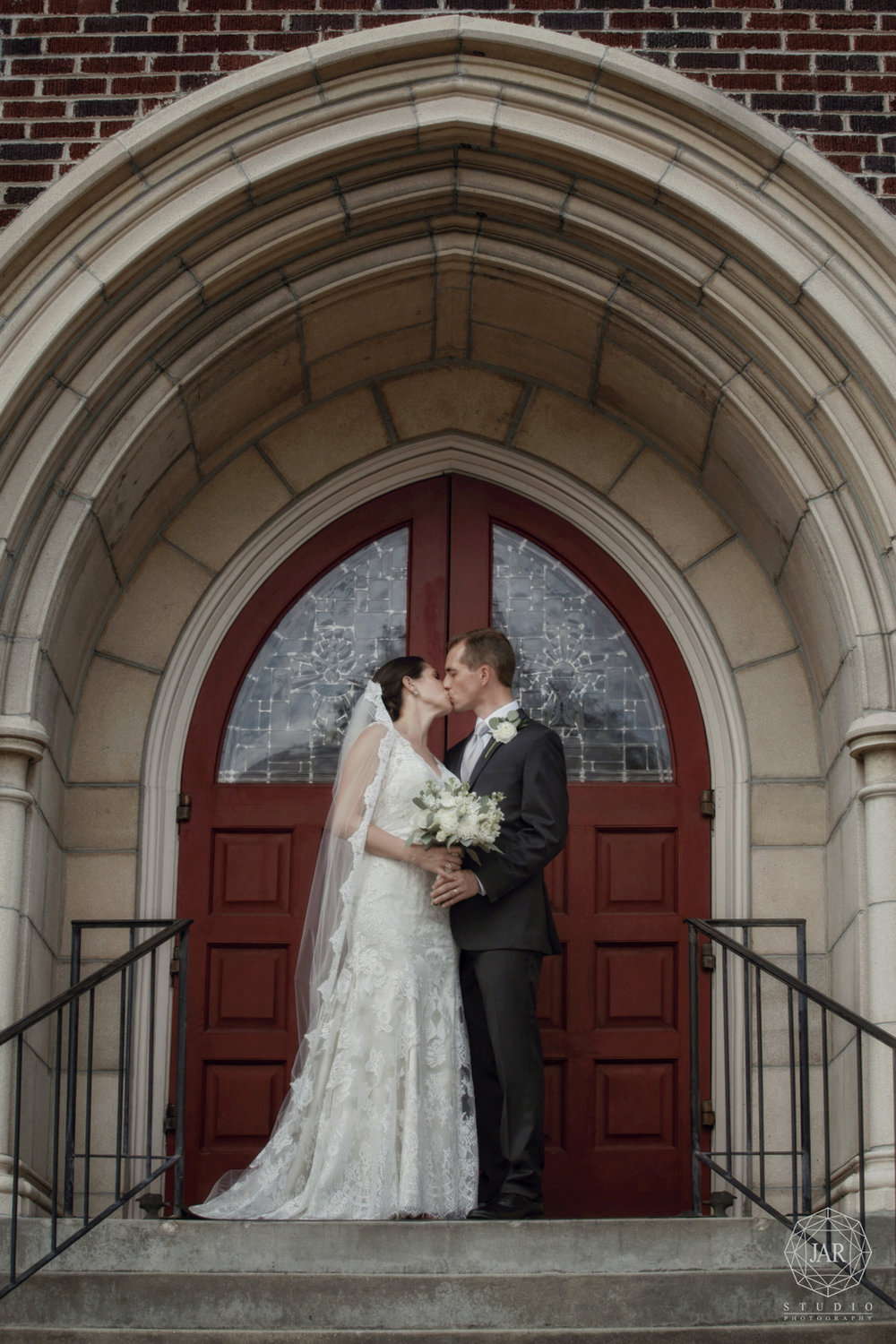29-hitched-downtown-orlando-church-jarstudio-photography.JPG