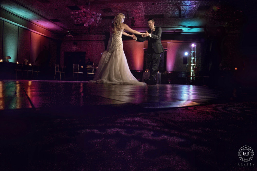 18-orlando-venue-reception-the-ballroom-at-church-street-jarstudio-photography.jpg