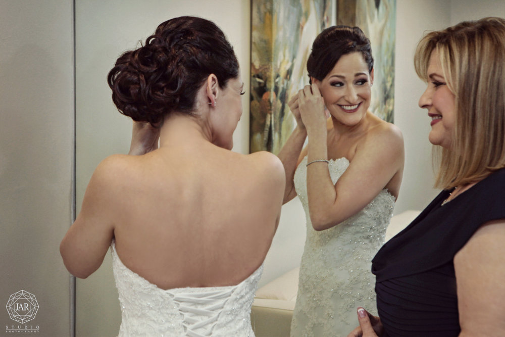 05-getting-ready-wedding-jarstudio-photography-orlando.JPG