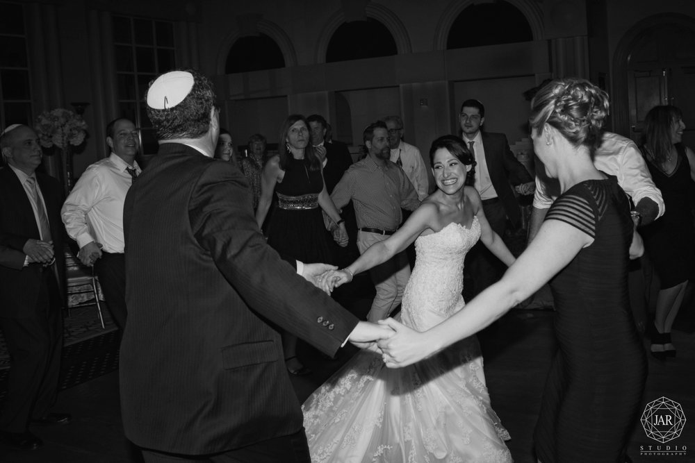 35-hora-jewish-wedding-dance-jarstudio-photography-orlando.JPG