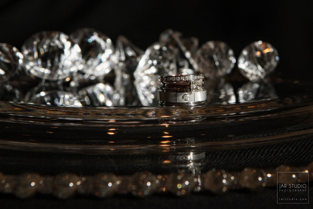 03-wedding-rings-stunning-orlando-photographer.JPG