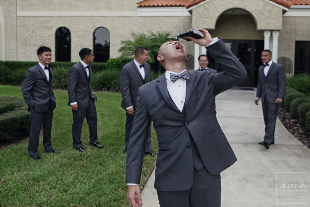 08-groom-getting-hitched-day-fun-photography-orlando.JPG