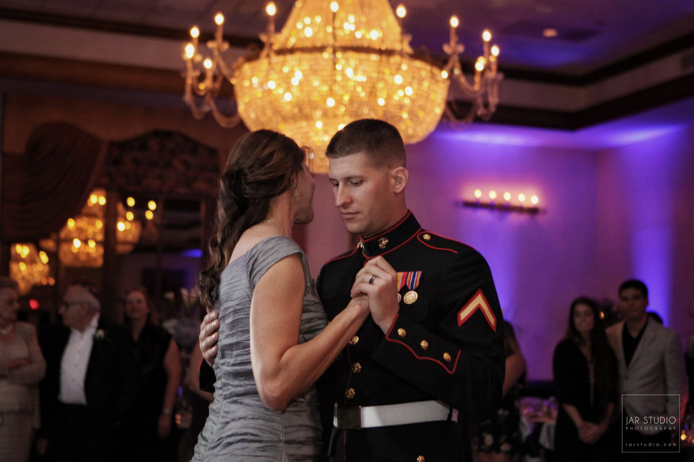 27-marine-son-mother-dance-highend-orlando-wedding-photographer-jarstudio.JPG