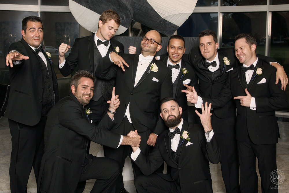 15-groomsmen-portraits-at-orlando-museum-best-venue-best-photographer-orlando.JPG