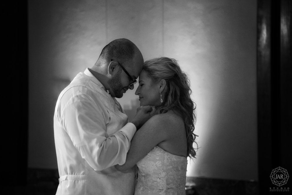 31-best-photographer-captures-all-romantic-wedding-moments-orlando-fl.JPG
