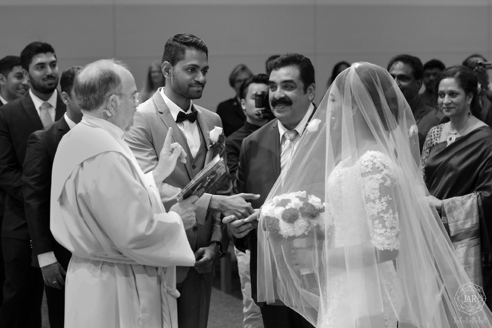 13-beautiful-traditional-indian-catholic-wedding-photographer-florida.jpg