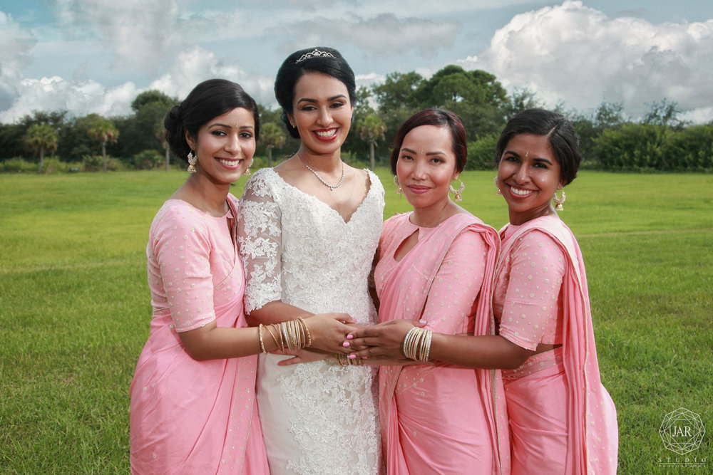 22-2017-bridesmaids-trends-pink-saree-orlando-indian-wedddins-photographer.jpg