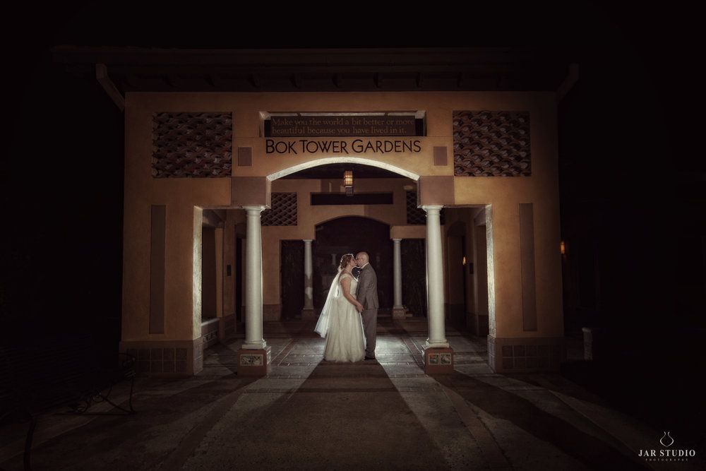 24-bok-tower-bride-groom-night-beautiful-lighting-jarstudio-wedding-photography-orlando.JPG