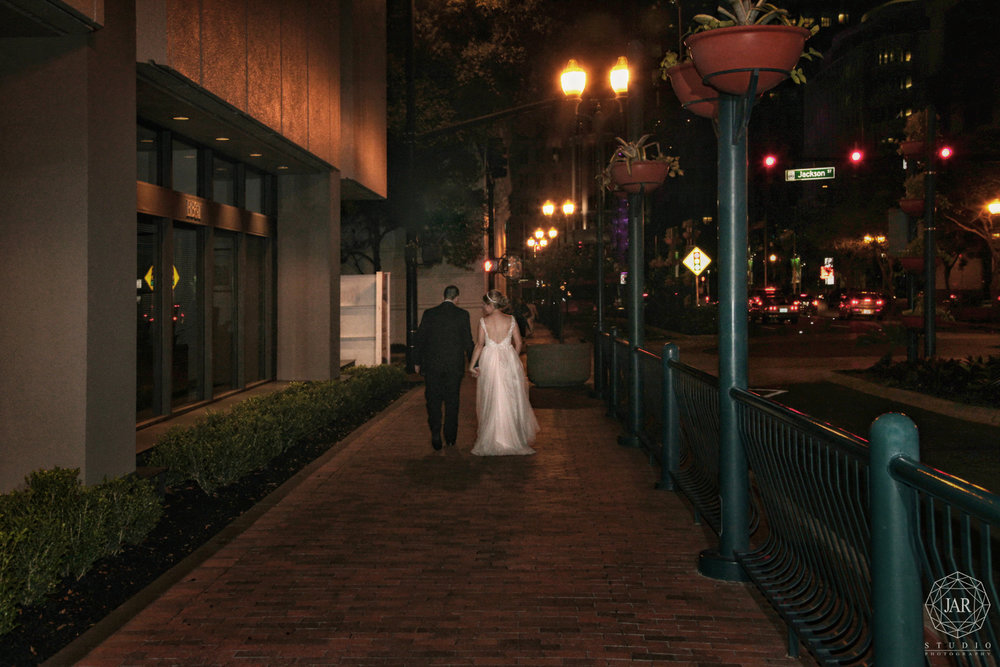 57-bride-groom-night-time-downtown-orlando-jarstudio-photography.JPG