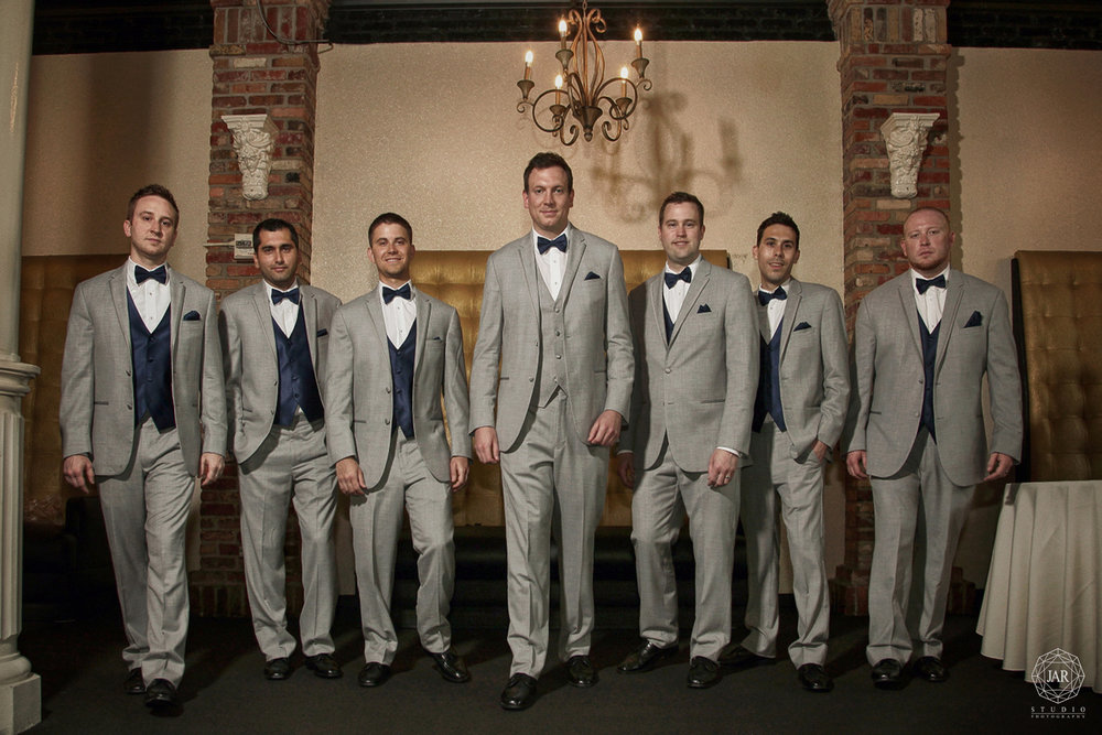 15-groomsmen-jarstudio-photography-orchid-garden-church-street.JPG