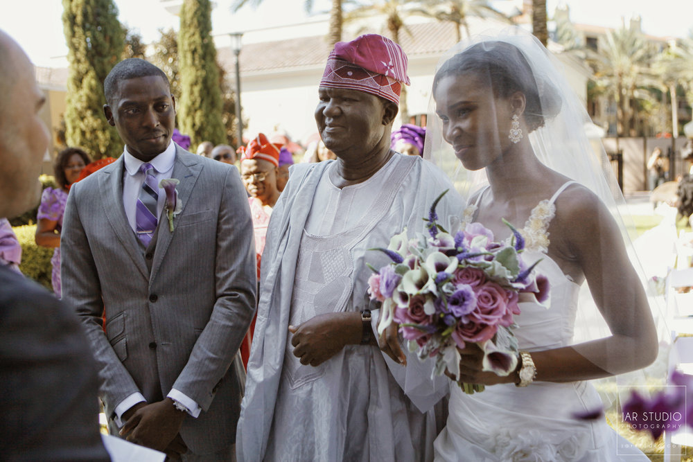 13-orlando-fl-traditional-nigerian-wedding-bride-father-phtography-jarstudio.JPG