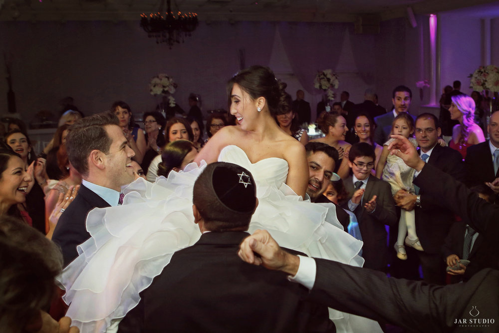 32-bride-horah-dance-orlando-wedding-photographer-jarstudio.JPG