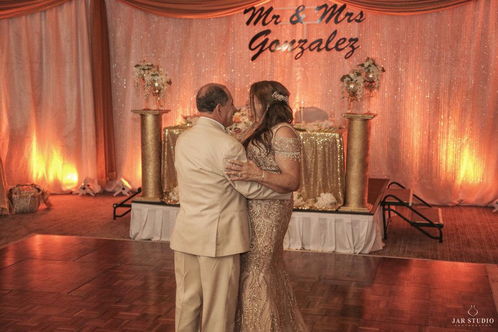 50th-wedding-anniversary-orlando-fl-photographer-jarstudio (44).jpg