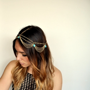 AestasCalor 's  This Boho Chic Chandelier Head Chain Hair Jewelry   ($12.72)