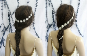 Hair Floaters '  Bridal Headband   ($85.50)