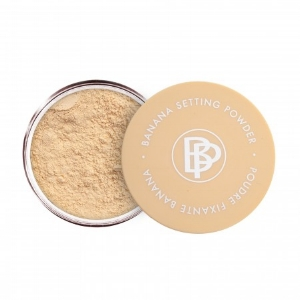 Bellápierre Cosmetics   Banana Setting Powder   ($35)