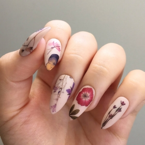jsfrnNailArt's Pressed Dried Flowers Nail Decals ($10)