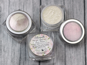 "Etherealle  Pixie Gems Holographic Shimmer Dust  in  ""Love Potion""   ($8.95)"