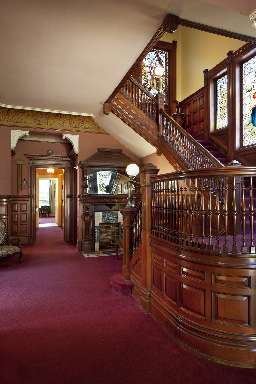 staircase-vert__01.jpg