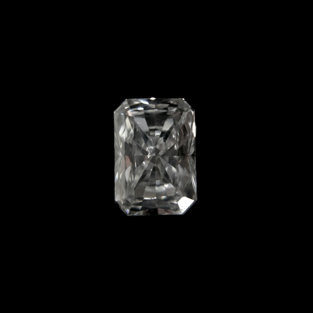 Radiant Cut  Radiant cut diamonds are suited to those who like the shape of the emerald cut but would prefer the sparkle of brilliant cut diamonds.