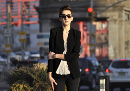 """Awesome outfit. We love Wing and Well and her latest blog post, """"style (into the black)""""."""