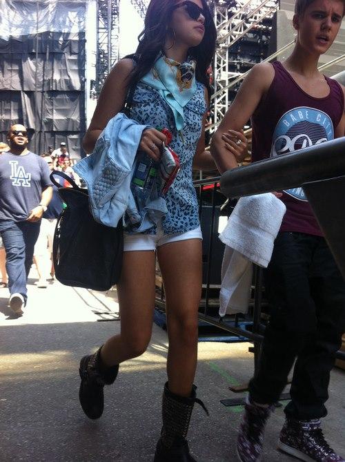 Selena Gomez wearing Westward Leaning Model N°5 \ Love Thy Neighbor