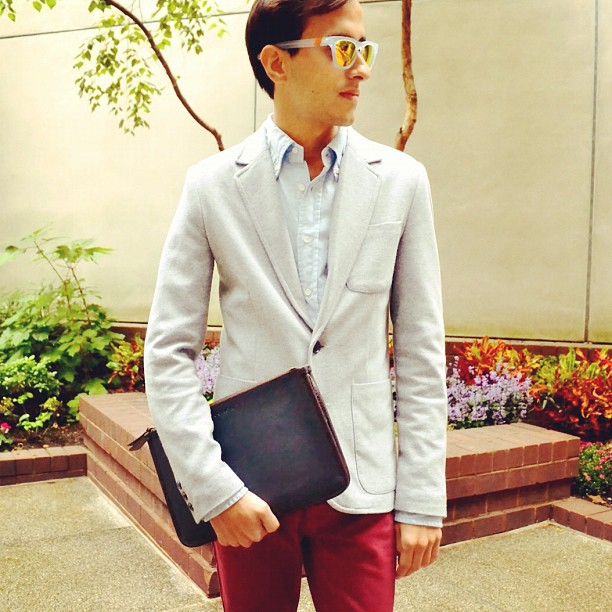 Westward Leaning shades add a metro touch to business casual. (Image via themetroman)
