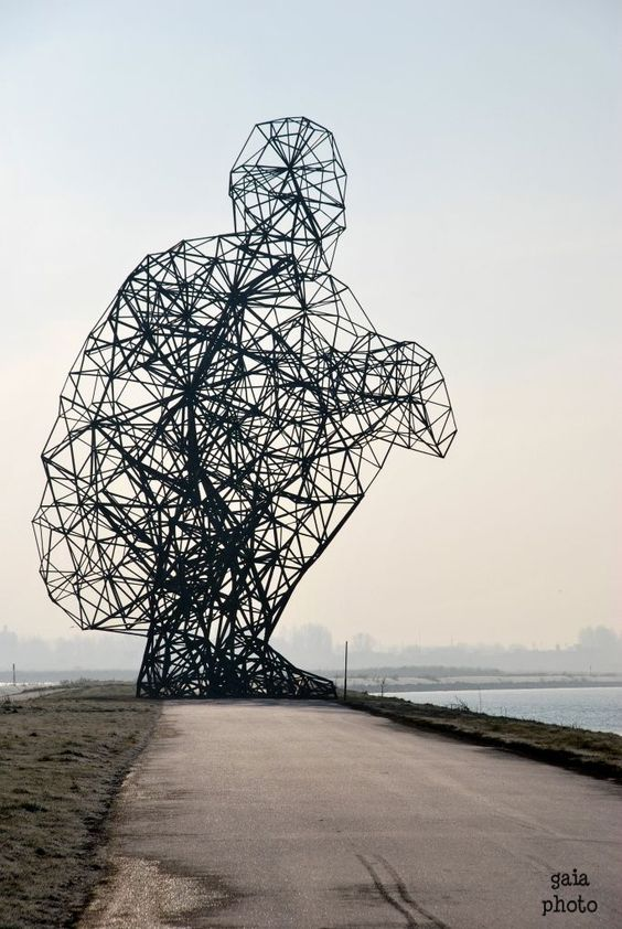 Anthony Gormley Sculpture