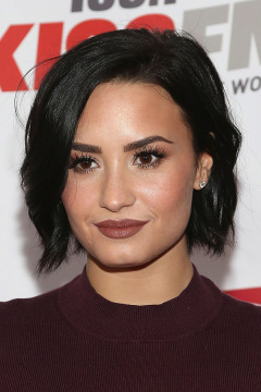 demi-lovato-brown-lips-get-look-ftr.jpg