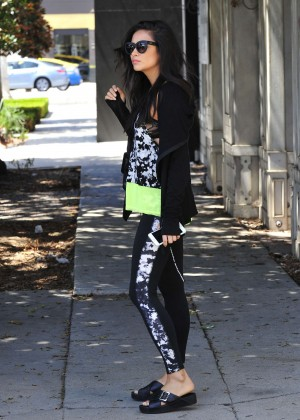 Shay-Mitchell-in-Tights--01-300x420.jpg