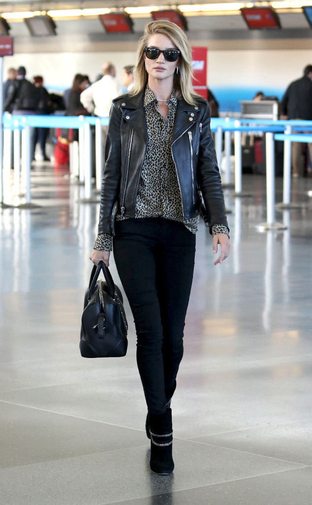 Rosie s airport attire is worth more than the average man s yearly salary 9a3eb3b27a3ab