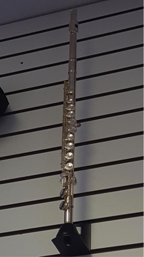 Armstrong Model 104 Flute   -Double silver plated  -American made  -Charles Music exclusive!  This flute is an ideal student model!  Call for pricing.