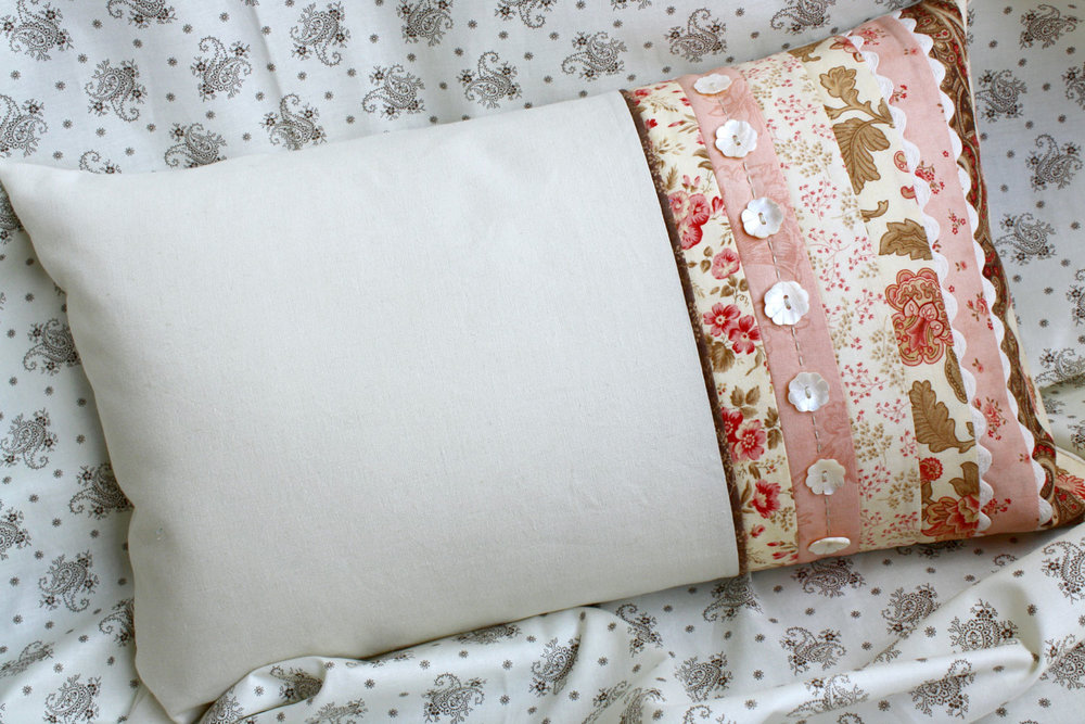 Aster Manor Pillow