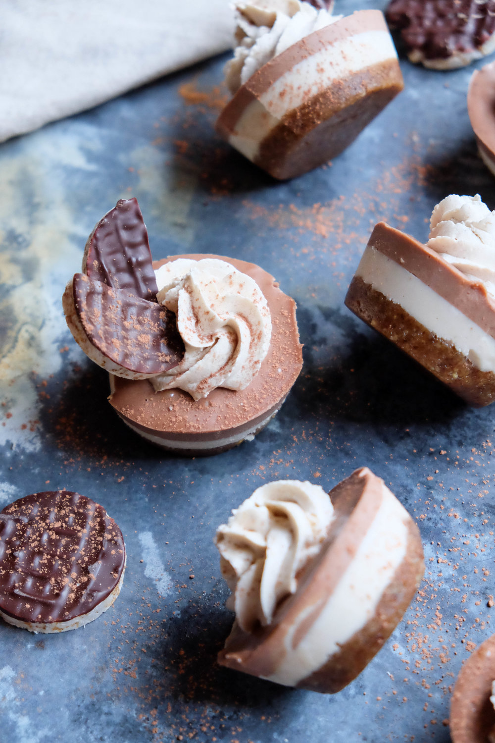 raw vegan brownie cheesecake