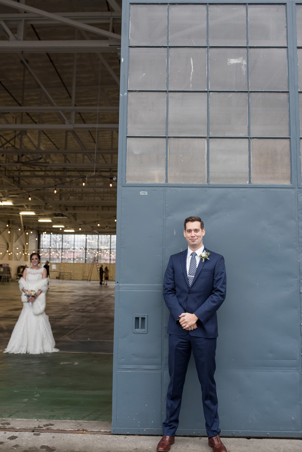 Hangar-30-wedding-Seattle-011.jpg