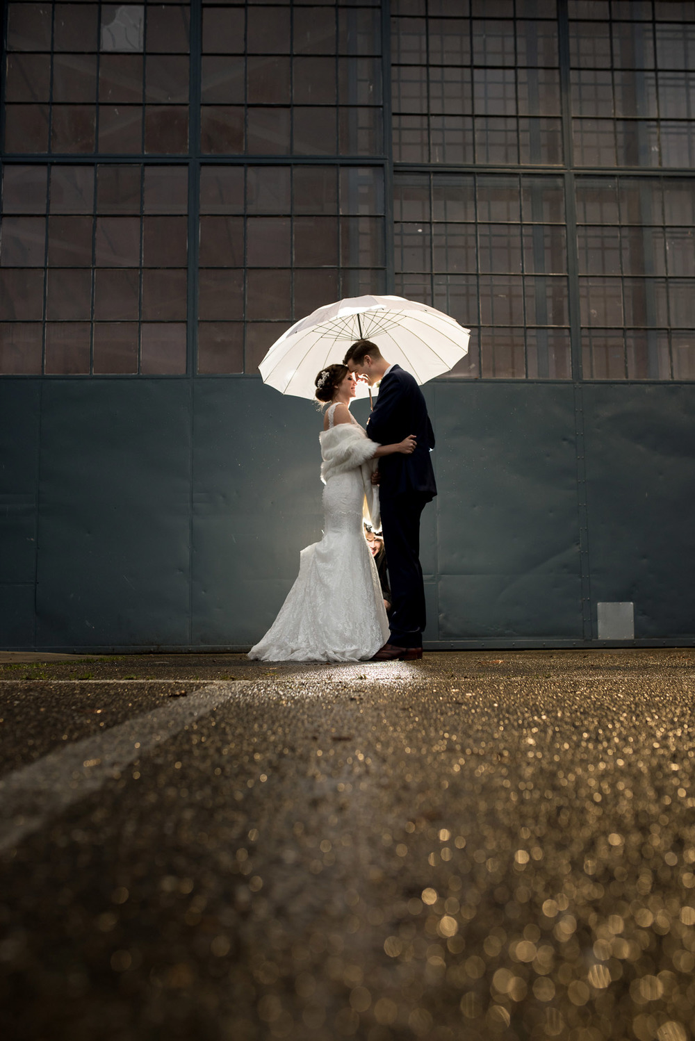 Hangar-30-wedding-Seattle-060.jpg