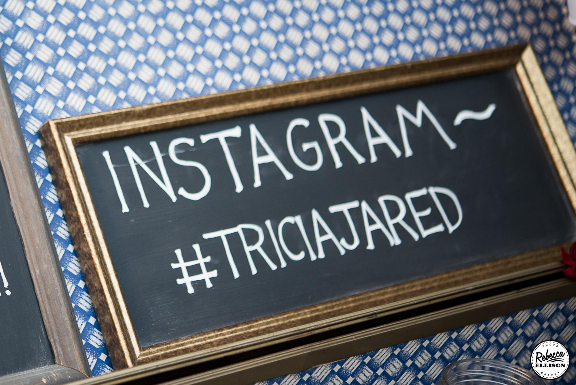 social media tips for the wedding day