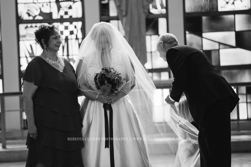 St-Annes-Church-Wedding-Queen-Anne-Hill-Seattle-0041.jpg