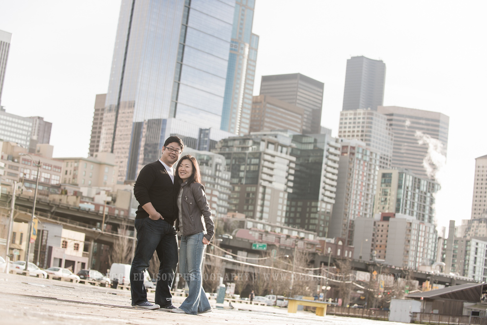 Seattle engagement photos on the waterfront