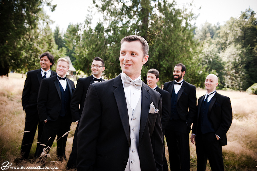 groomsmen laughing at farm wedding in Arlington WA