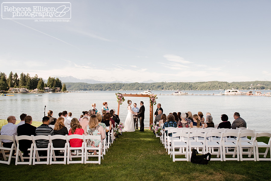 alderbrook resort beach wedding ceremony