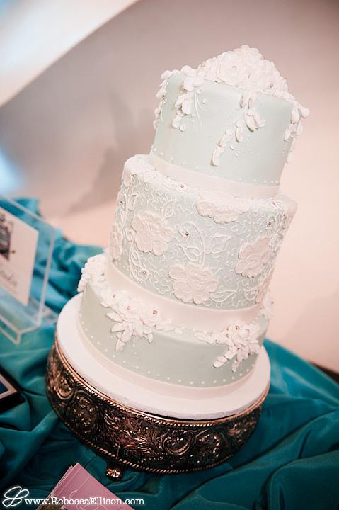 A beautiful wedding cake from Celebrity Cake Studio